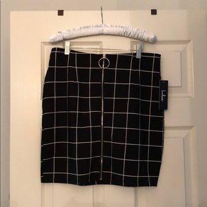 NWT Lulus's black and white skirt